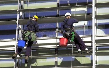 Safety testing for window cleaning equipment